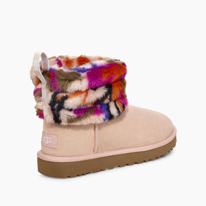 UGG Women Fluff Mini Quilted Motlee Size 7 Fur
